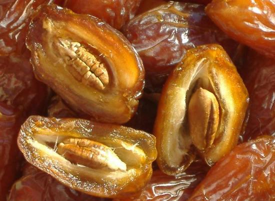 финики - натуральные полезные сладости
